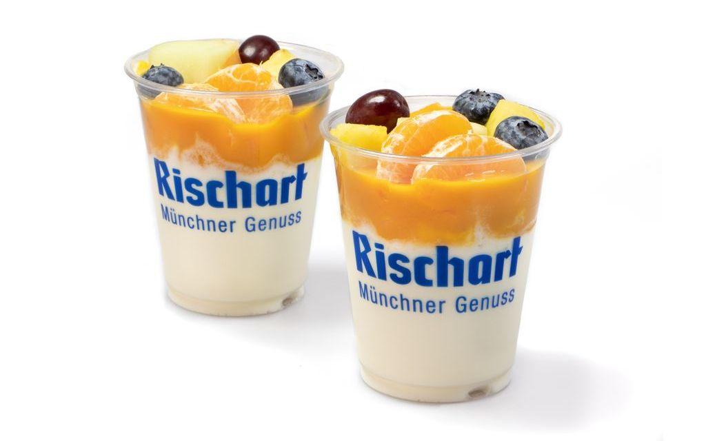 Bio-Joghurt mit Früchten